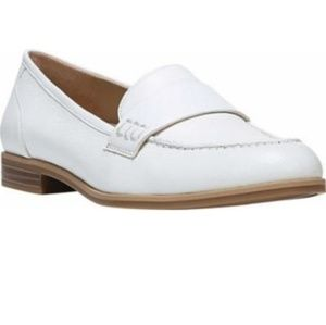 """NATURALIZER """"VERONICA"""" WHITE LEATHER LOAFERS 11W"""